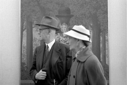 Documenta, Magritte, Profiles