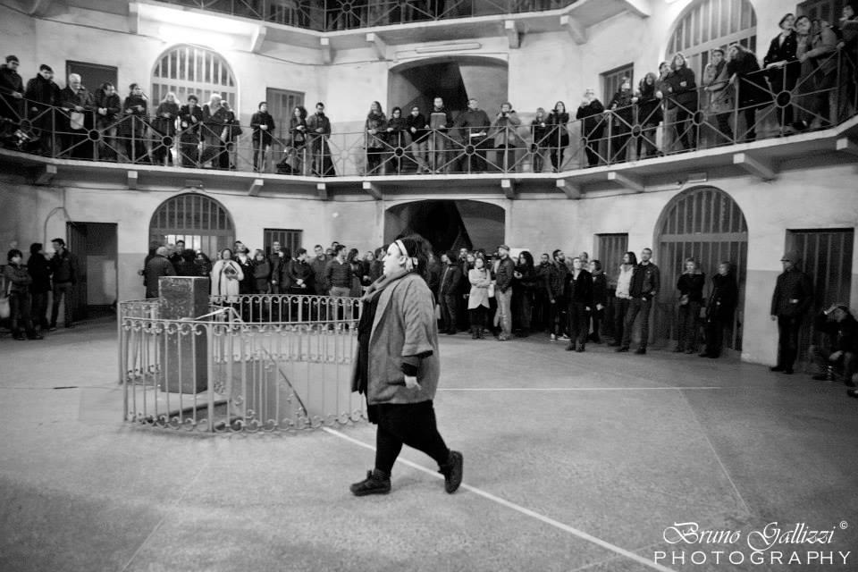 Francesca Arri_la danza della locusta_performance 2014
