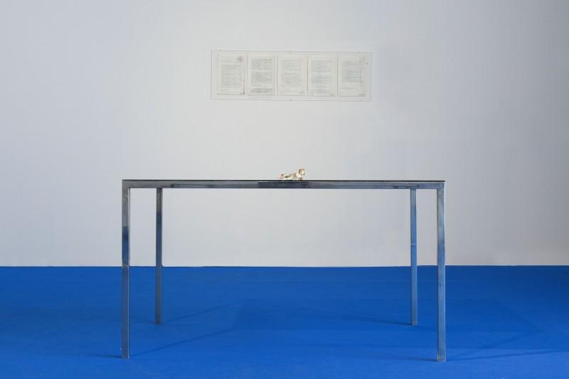 1.Vettor Pisani I gemelli (Segno zodiacale del genio), 1976 Ferro, specchio, porcellana Courtesy Collezione M. T. Incisetto, Napoli